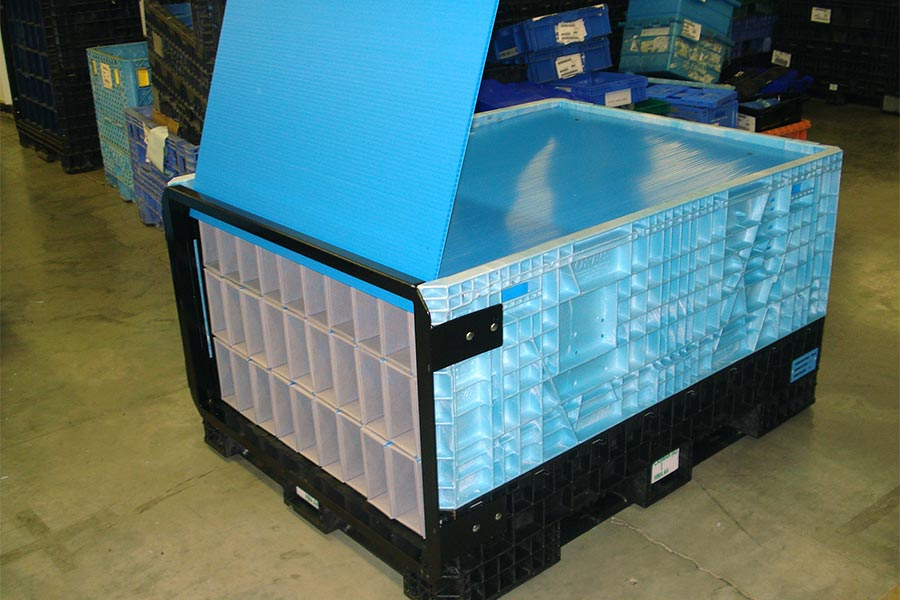 Side-load bulk container with removable door